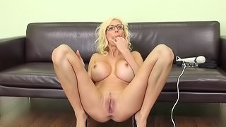 Puma peels off her lingerie and hammers her hole with a vibrator