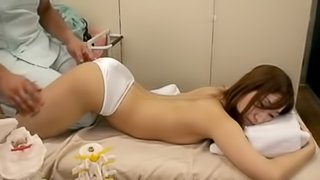 Slim asian girl gets fucked by doctor