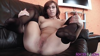 Euro amateur toys pussy