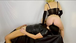 Femdom Facesitting - Sexy milf rides his face strapon